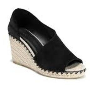 Vince Women's Brand New peep-toe Black Suede Espad